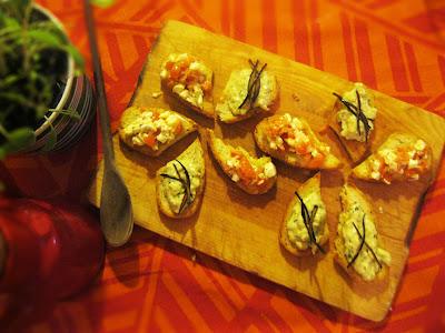 liberiamo una ricetta:bruschettina con mousse di melanzana