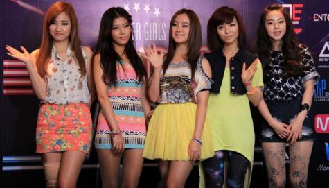 Kostum Khusus Konser Wonder Girls Malam Ini