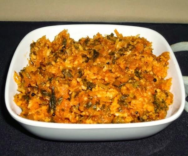 Mulangi sukke in a serving bowl