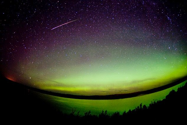 perseid meteor shower 2014 and super moon photos