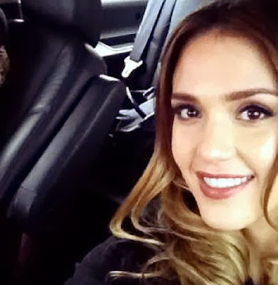 Jessica Alba selfie hot
