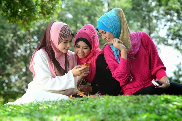 cara merawat rambut tertutup jilbab