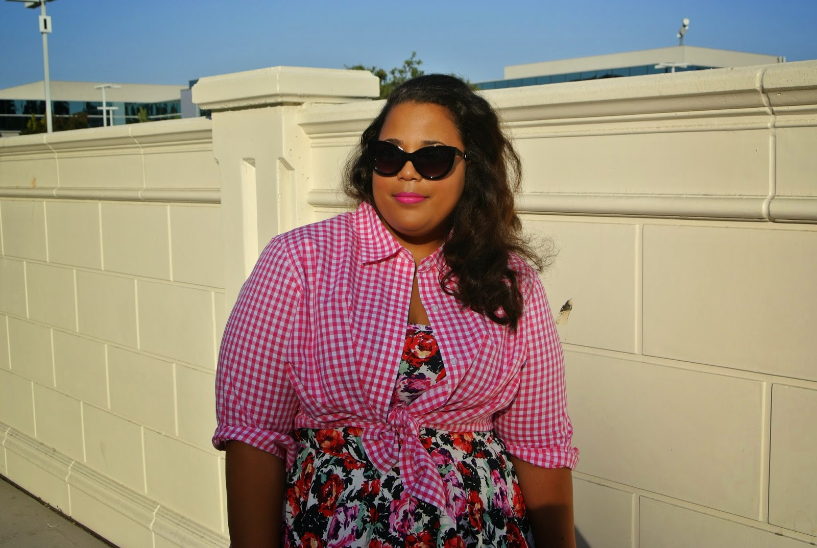 Plus Size Gingham & Floral Print Outfit