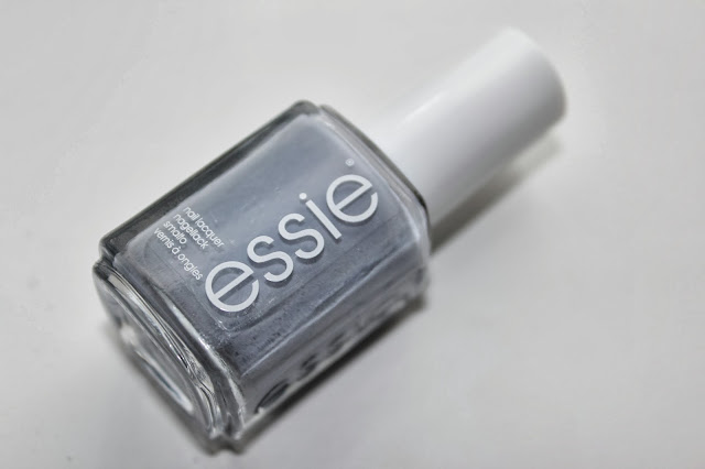 NOTD - Essie Chinchilly