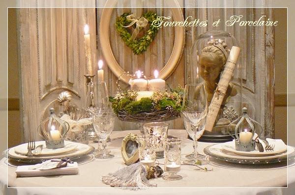Fourchettes et porcelaine table ambiance gustavienne for Decoration galette des rois