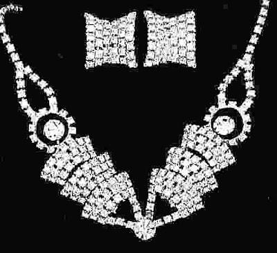 Latest Diamond Necklace Set models