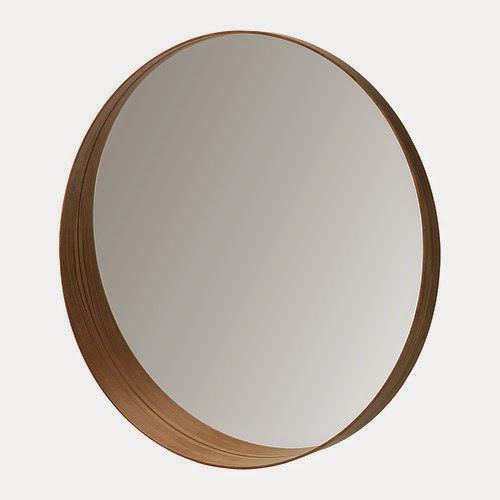 espejo redondo con marco de madera de Ikea