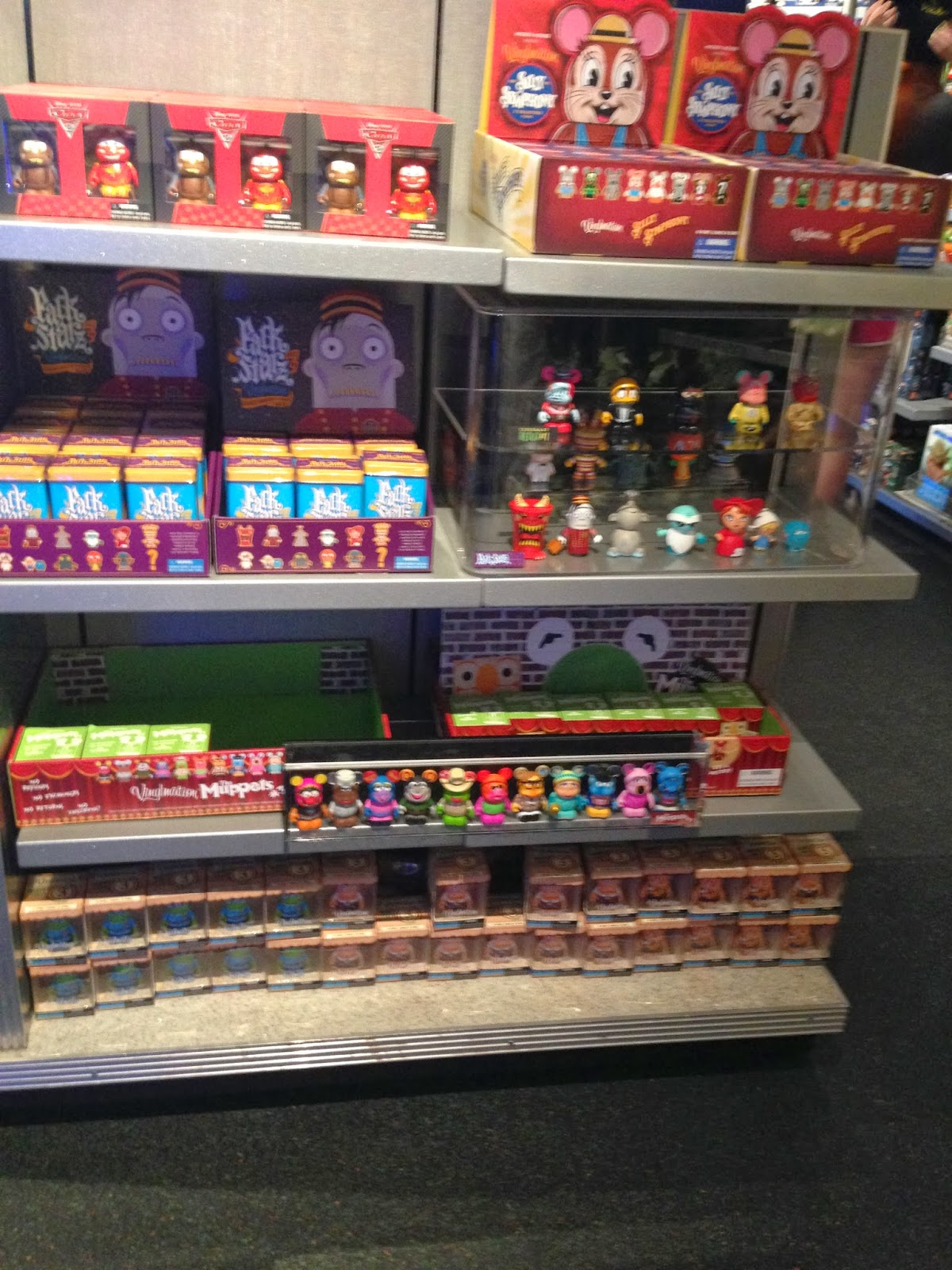 Vinylmation Isle Store Update The Cargo Bay At Epcot