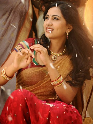 Srushti Dange 360x480 Mobile Wallpaper