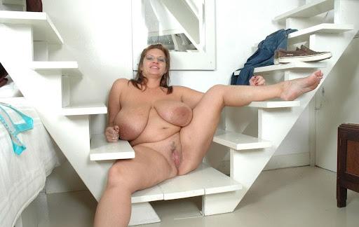 Nackt Bilder : Willst du diesen fetten Hänge Busen besamen?   nackter arsch.com