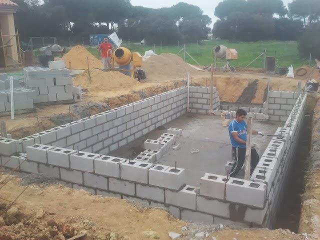 Oferta de piscina de construcci n ofertas de piscinas piscinas de hormig n 8x4 por - Material para piscinas ...