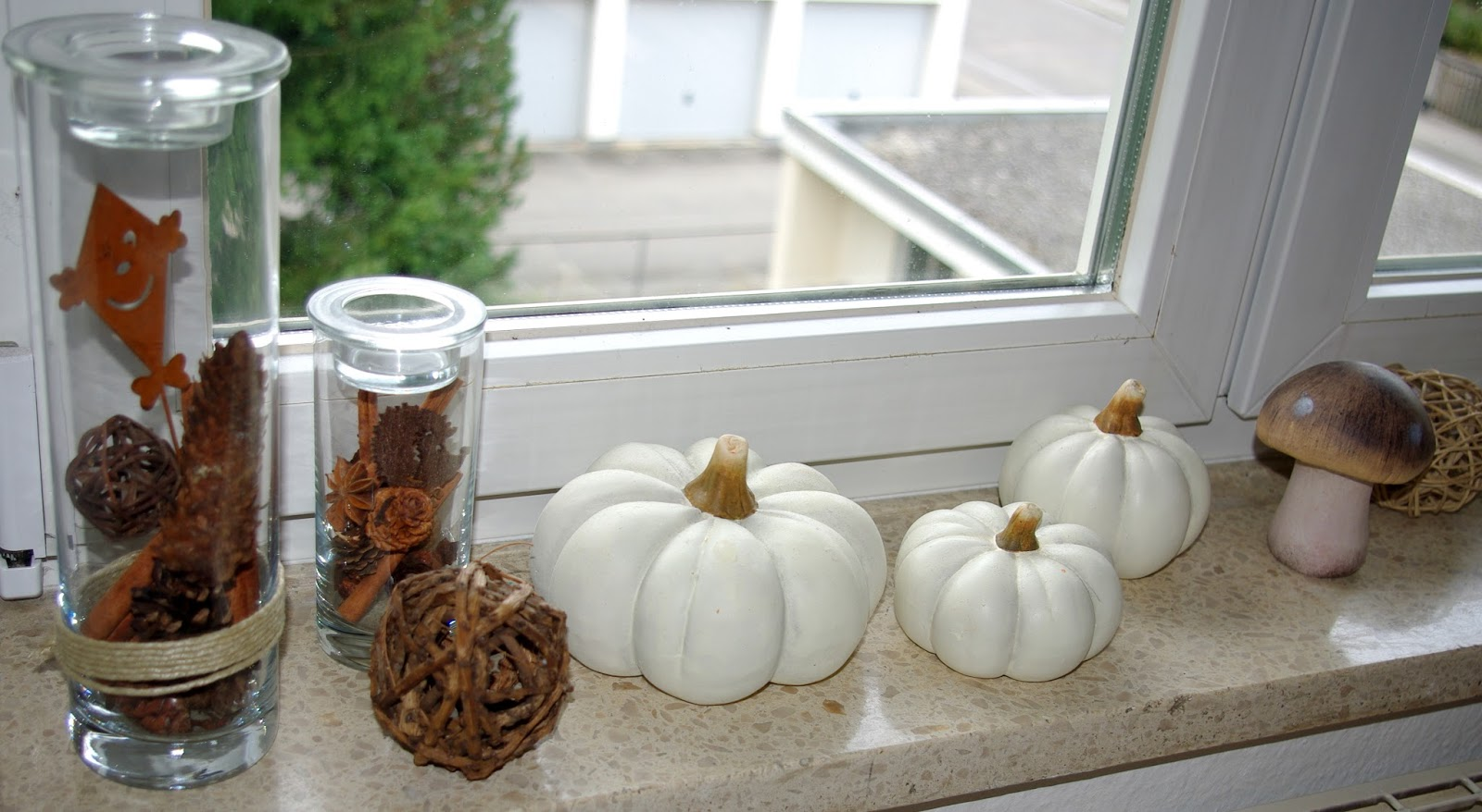 Lucciola dekoration herbst inspirationen teil i for Dekoration fensterbank