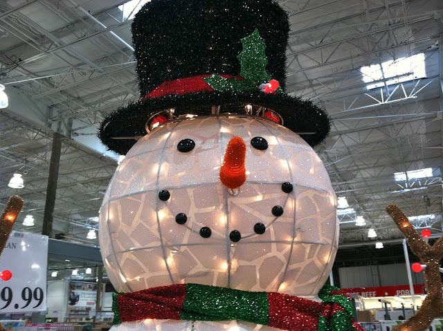 Frosty-The-Snowman-at-Costco