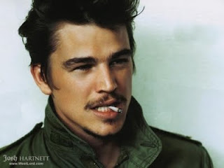 josh hartnett smoking