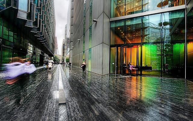 Metropolis Street
