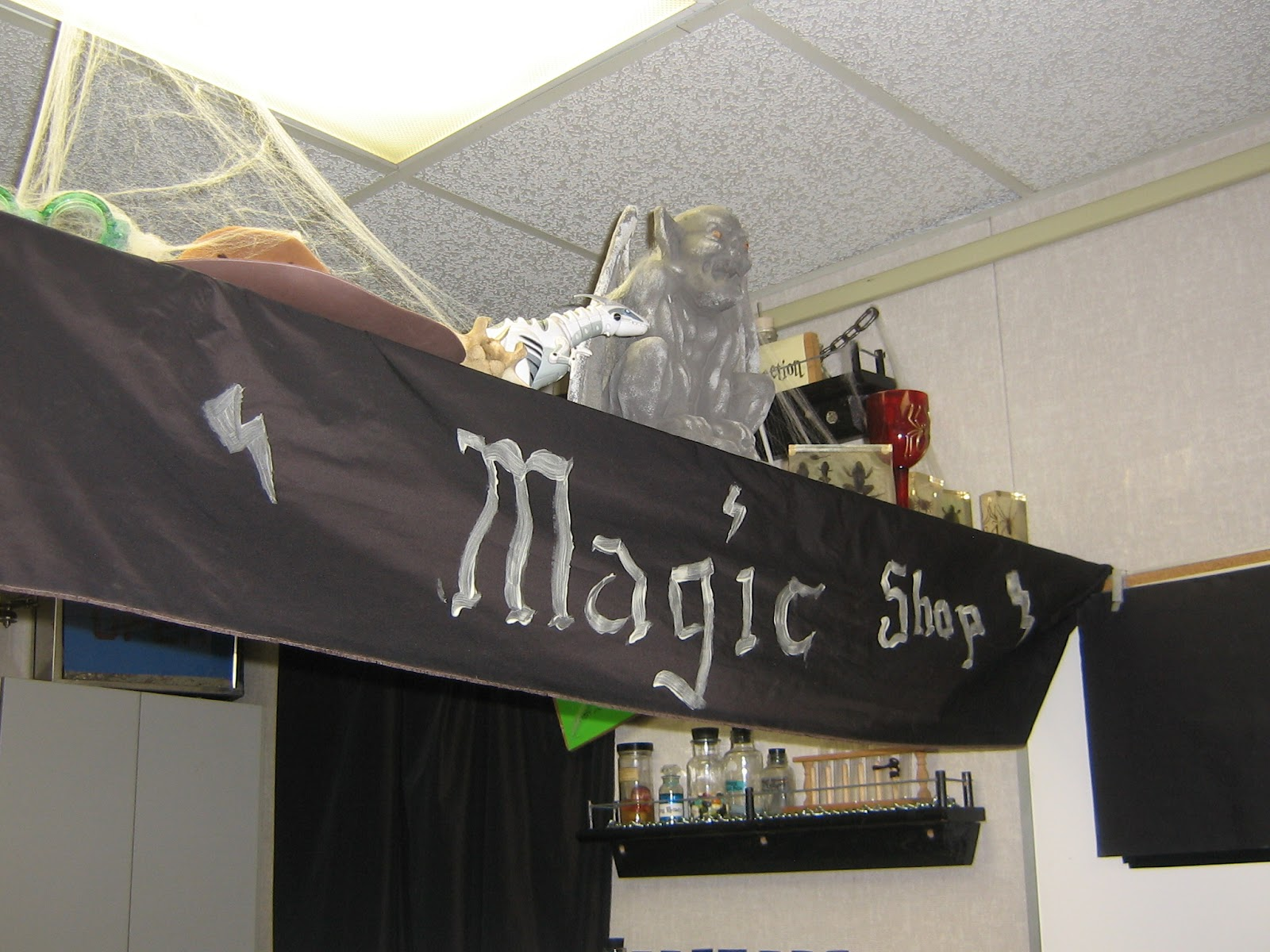 Harry Potter Classroom Decorations : Teehee two harry potter inspired classroom