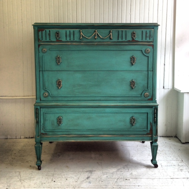 Maison decor gatsby dresser mix your own colors with Best color to paint dresser