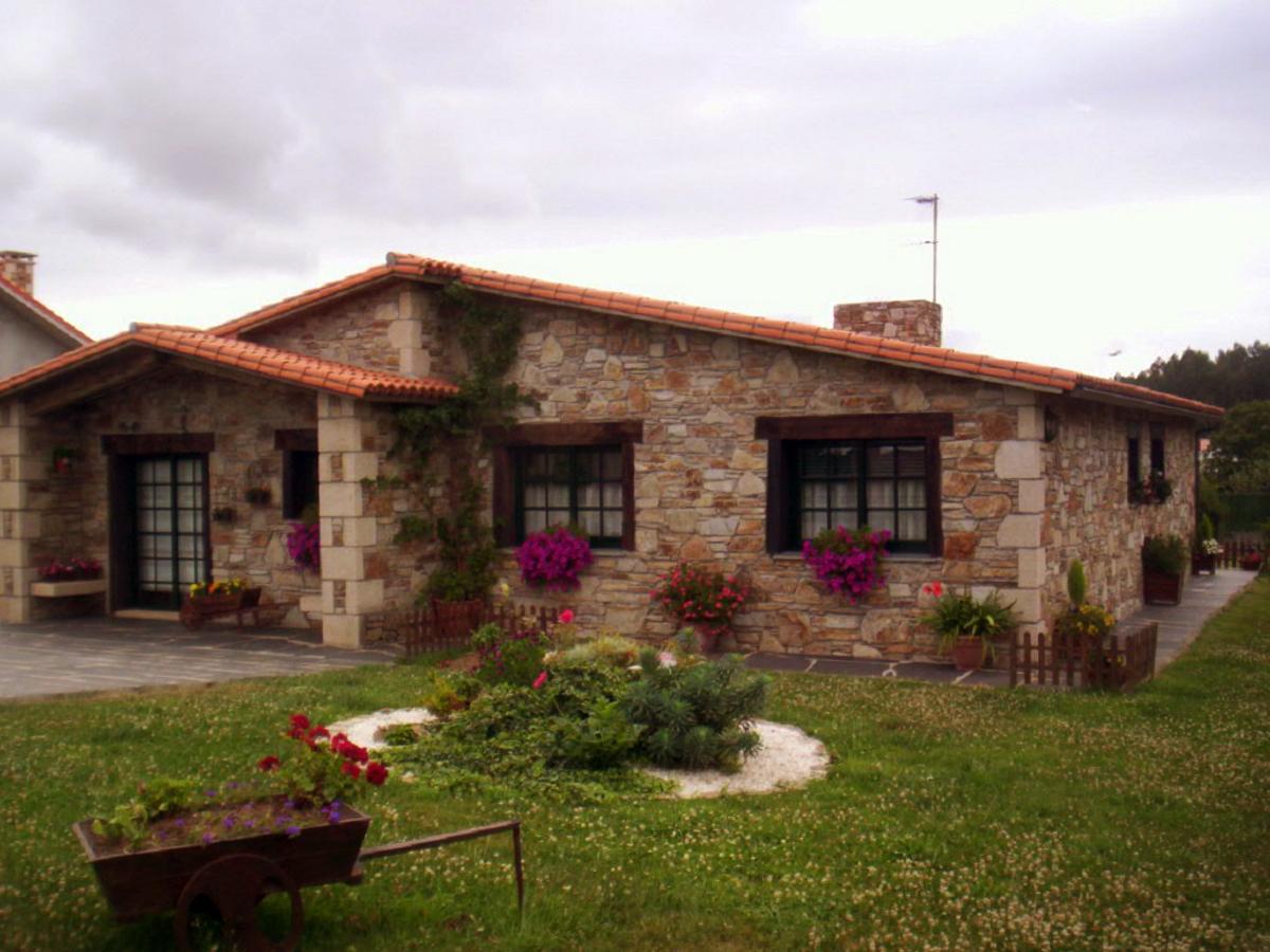 Construcciones r sticas gallegas casa en naron for Fachadas de terrazas rusticas