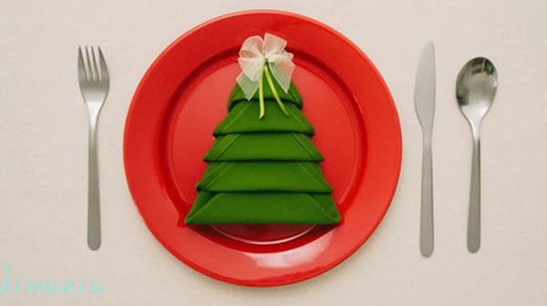 Multinotas como poner bien la mesa servilletas dobladas - Doblar servilletas para navidad ...