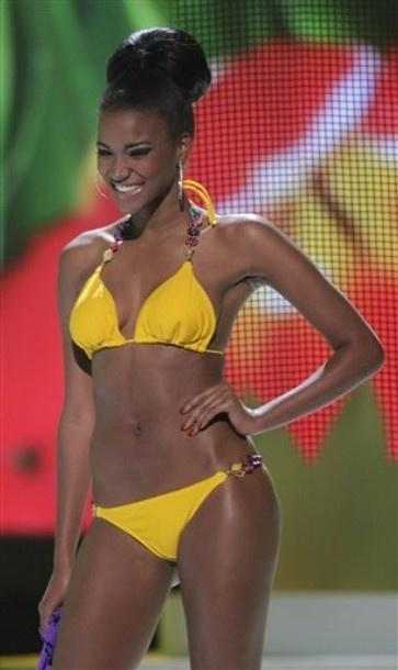 Miss Universe 2011 Miss Angola Leila Lopes