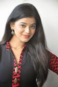 Yamini bhaskar glam pics-thumbnail-16