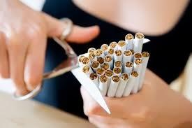 Parar de fumar sem ajuda de especialista é mais difícil, indica pesquisa
