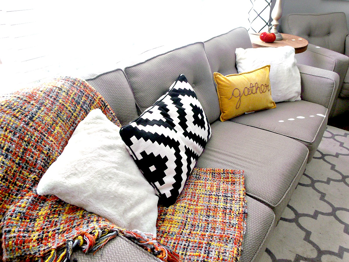 Throw Pillows At Tj Maxx : Cultivate Create: Fall Home Tour 2015 Part 2: Living Room and Entry