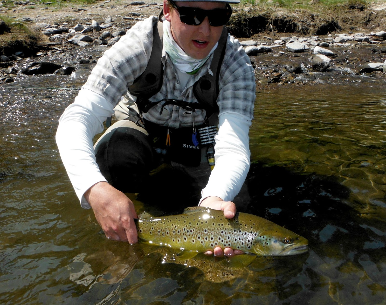 Skinny waders a fly fishing blog power fishing trip for Central oregon fishing report