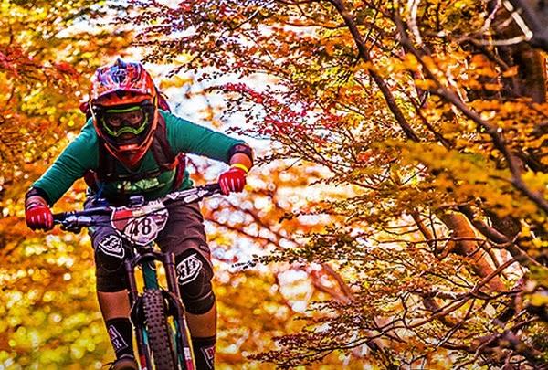 Juliana Bicycles Racer feat. Anka Martin
