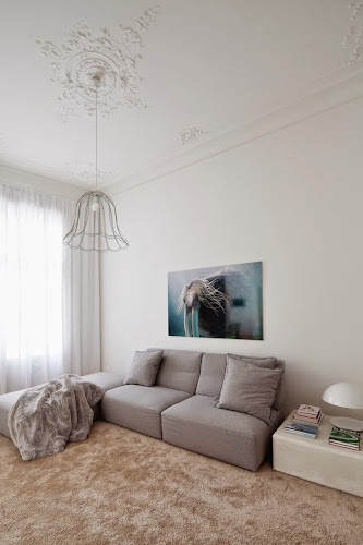 Apartment H+M: The Modern Style of Living