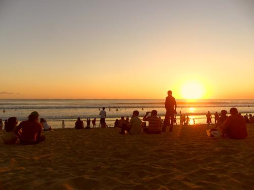 liburan di pantai kuta bersama #SI08
