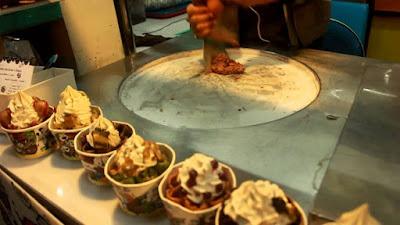 Những món nhất định phải thử ở chợ Chatuchak khi du lịch Thái Lan
