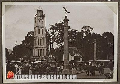 Sejarah Bangunan Jam Gadang