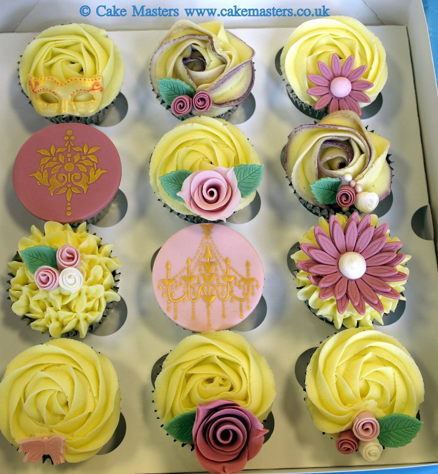CakeMasters UK: May Cupcake Classes in Enfield