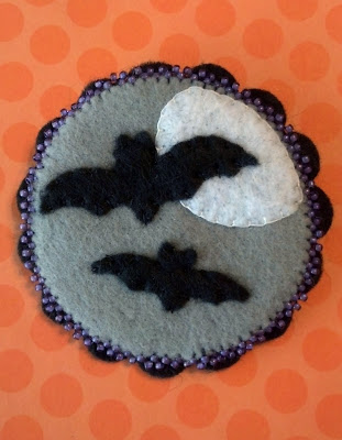 Unfinished Halloween pin, before I added some sparkle.