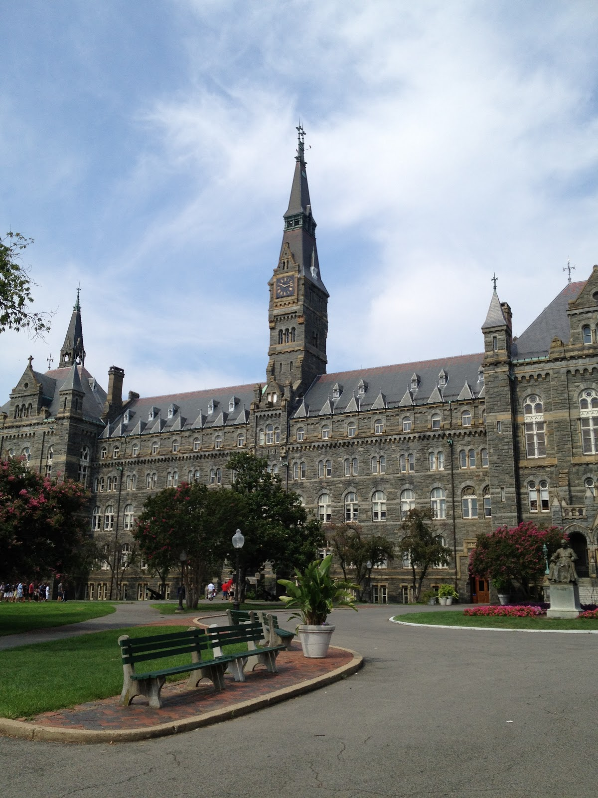 Summer Programs for High School Students | Georgetown