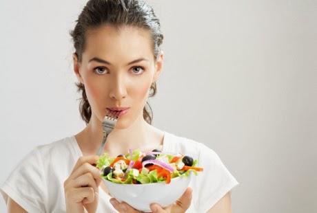 Tips Wanita Kurangi Risiko Penyakit Jantung dengan Diet Warna-warni
