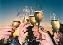 เอ้า! ชนแก้ว! ดื่มฉลองกันหน่อย!(Cheer!) | ตีแตกภาษาอังกฤษ : English Of The Day  เรียนภาษาอังกฤษ, แปลภาษาอังกฤษ, English conversation เรียนภาษาอังกฤษ Learn English writing and speaking