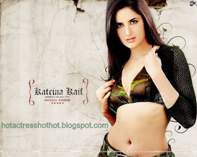 katrina kaif hot pics wallpapers in a bra