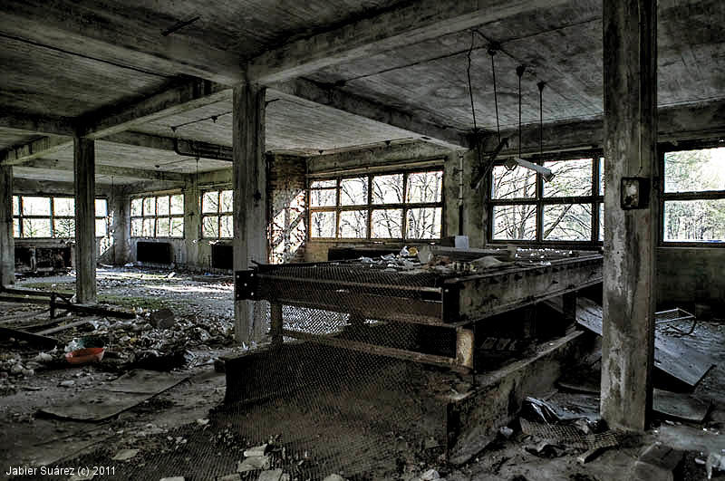 Decay art and urbex fabrica de cristal abandonada - Fabricantes de cristal ...