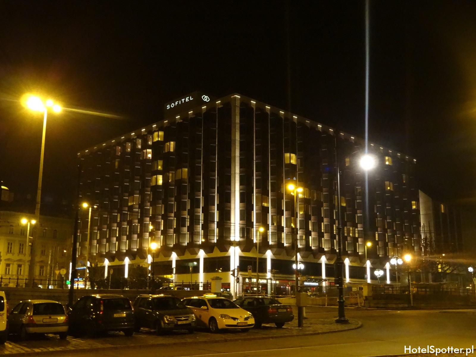 Sofitel Budapest Chain Bridge hotel z zewnatrz