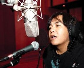 Ari Lasso Siapkan Konser Tunggal Tahun 2013