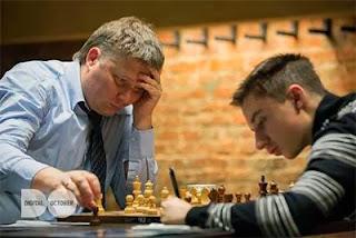 Echecs : la bataille des générations entre Alexei Shirov et Daniil Dubov à Moscou