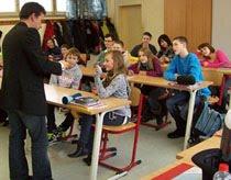 Talleres y clases de magia con el Mago Jan para niños en colegios,cumpleaños y fiestas in Lima,Peru