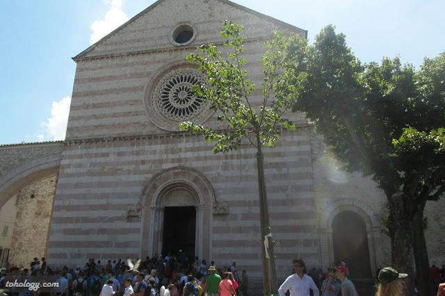 Базилика святой Клары
