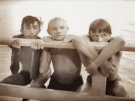 отечественные фильмы с голыми мальчиками