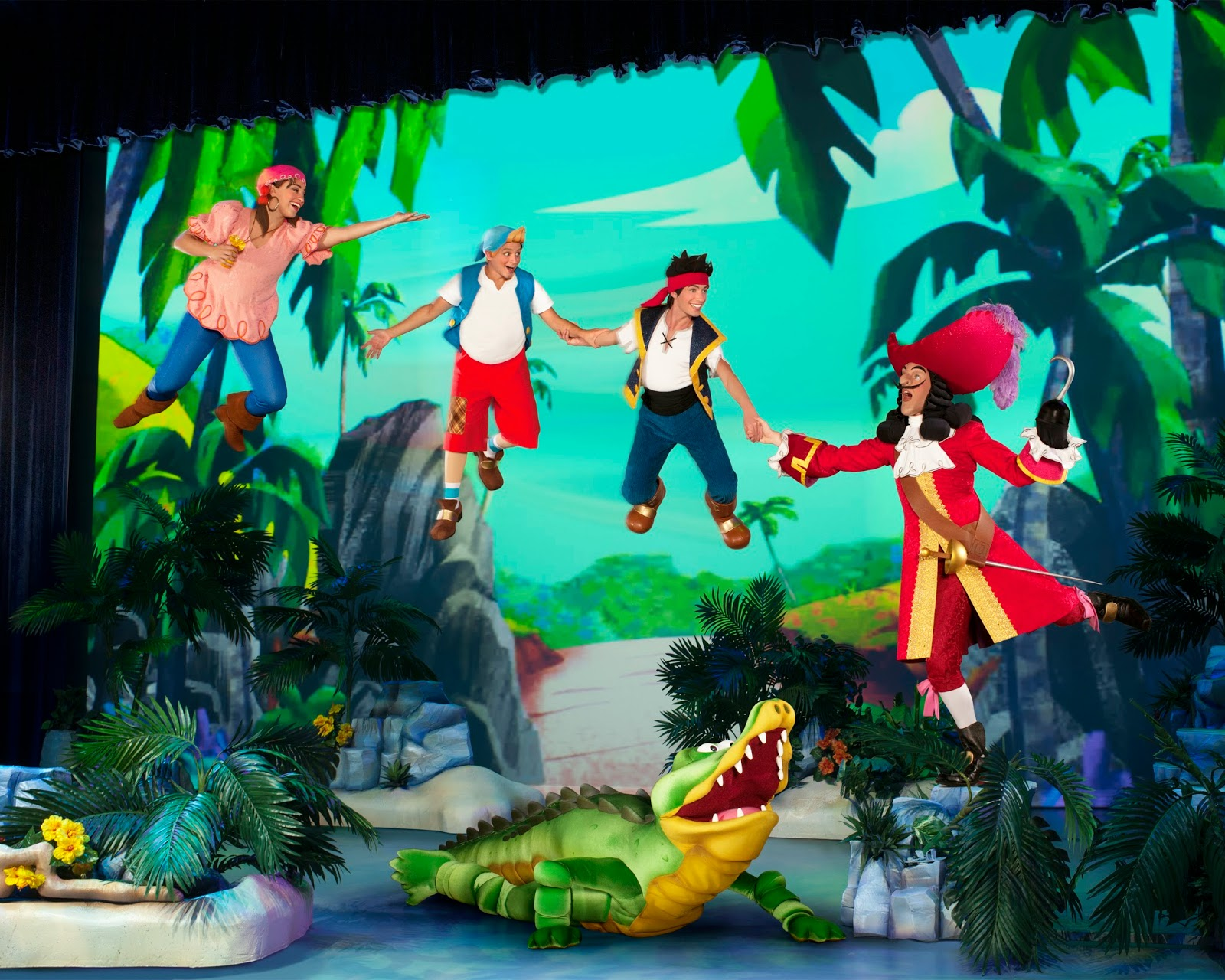 Hook and Jake at at @DisneyLive Pirate & Princess Adventure