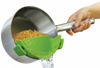 Kitchen Gizmo SNAP'N STRAIN Strainer #kitchengizmo