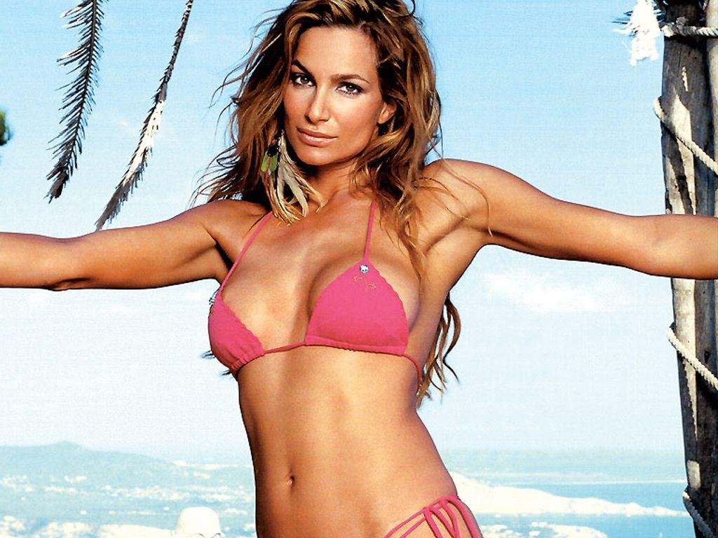 alexandra kamp hot   Hot Actress Images