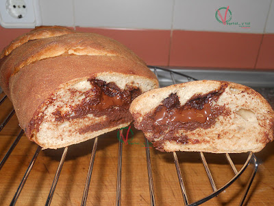 Pan de canela con chocolate.